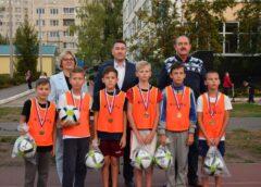 В честь 80-летия градообразующего предприятия проведен футбольный турнир среди детских дворовых команд